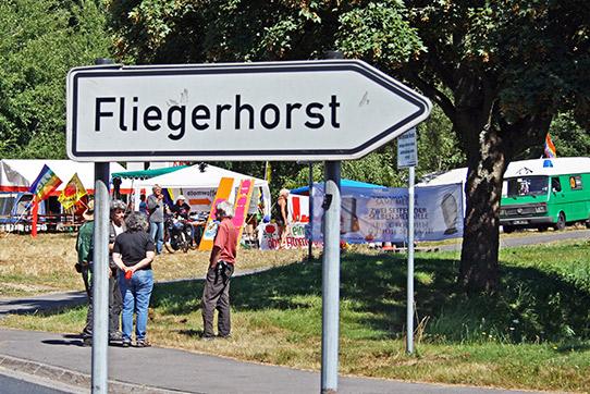 Am Fliegerhorst Büchel