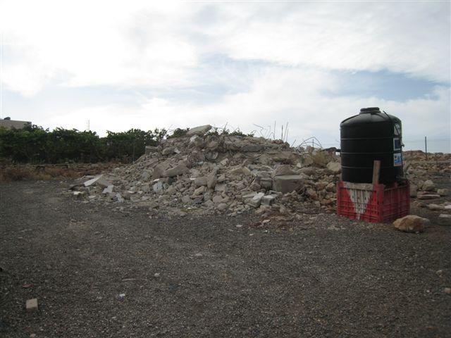 Nur noch ein Steinhaufen, wo einst das Haus der Großfamilie stand