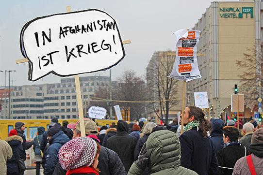 Demonstration gegen Abschiebungen nach Afghanistan, Berlin 2017. Foto: IPPNW
