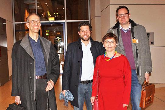 Inge Höger und Mitglieder der IPPNW am 26. Januar 2017 in Berlin