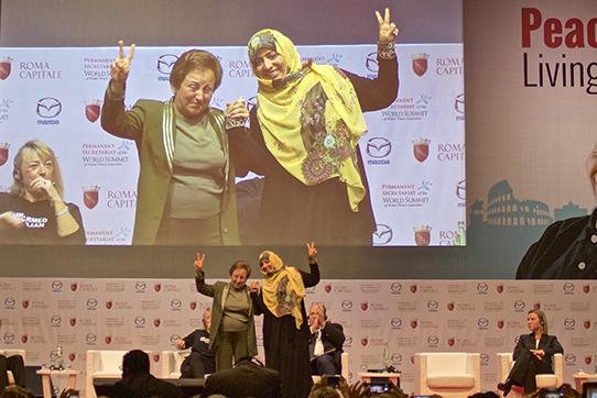 Tawakkol Karman und Dr Shirin Ebadi auf dem Weltkongress der Friedensnobelpreisträger