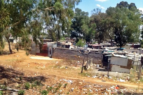 Johannesburg (Südafrika) ist aufgrund des Gold- und Uranabbaus radioaktiv verseucht. Foto: IPPNW