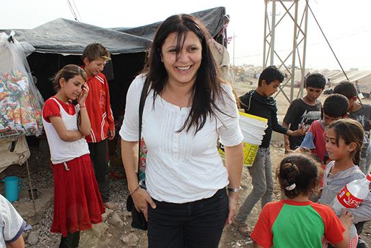 Nora Kizilhan im Flüchtlingscamp Xanki
