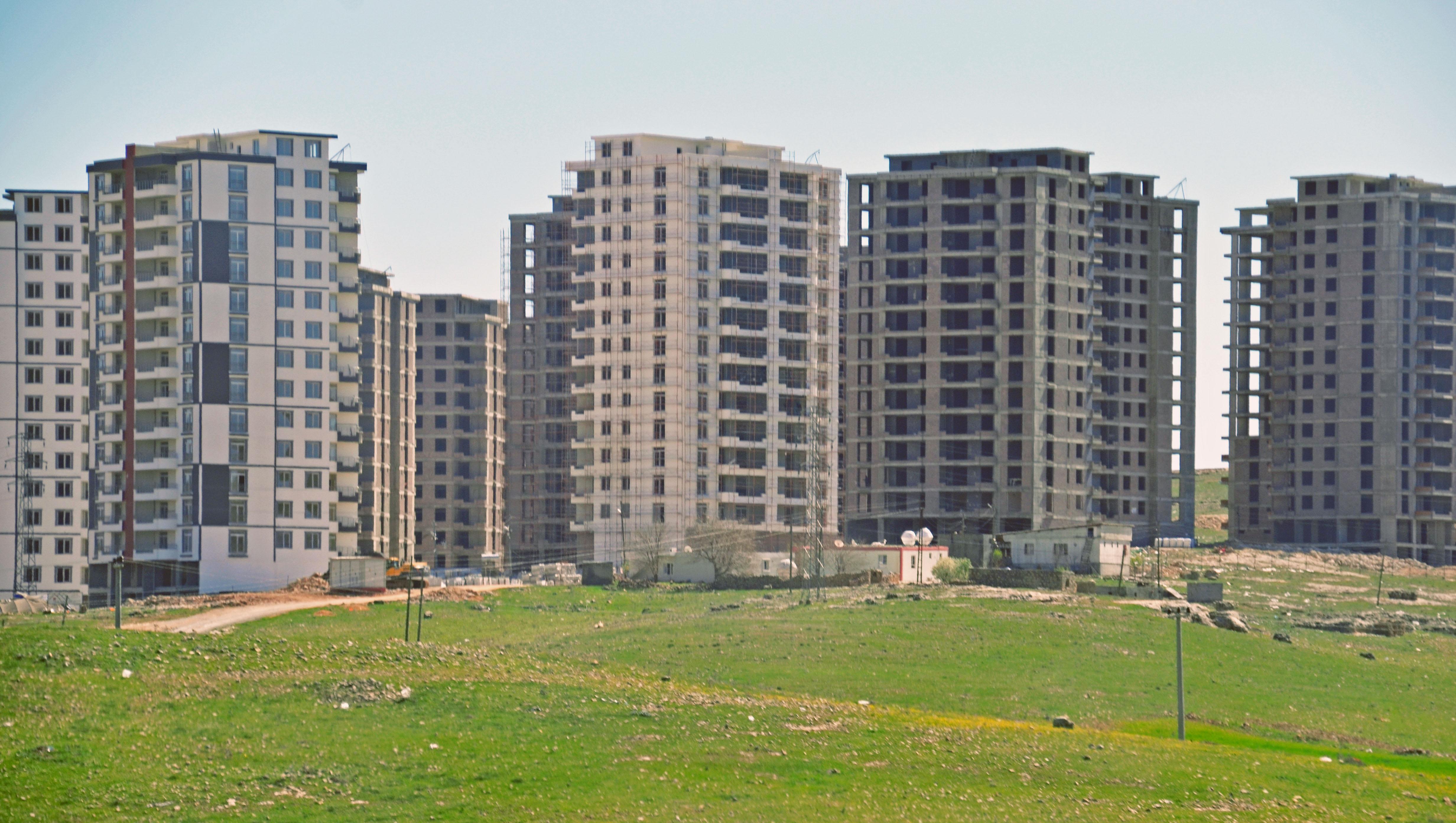 TOKI-Bauprojekt in der kurdischen Stadt Mardin. Foto: IPPNW, März 2016